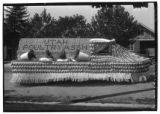 Utah Poultry Association 1930 Peach Day parade float (1 of 2)