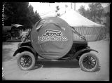 Ford Peach Motor Company parade float;