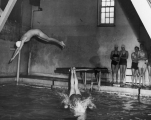 Donnel Stringham and Janice Spencer diving, 1947