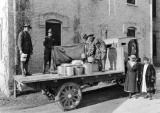 SATC soldiers loading food on a truck, 1918