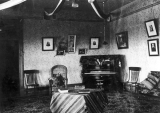 Reception room, University Annex, during its use as a dormitory, circa 1902