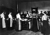 Women in a cooking class, early 1900s